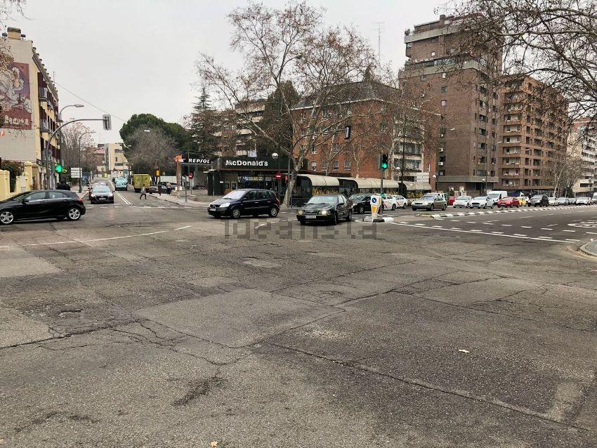 Piso en avenida de Alberto de Alcocer, Nueva España, Madrid
