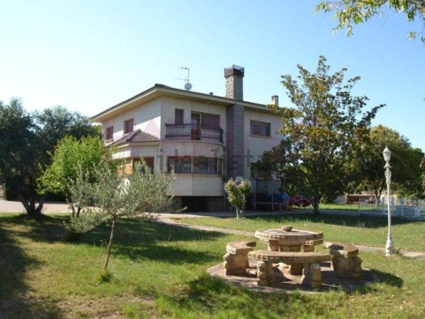 Casa o chalet independiente en Agosto, Barrios rurales del norte, Zaragoza