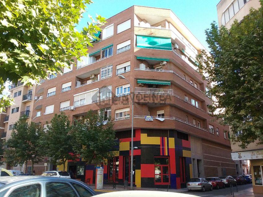 Piso en calle quevedo y quintana, San Roque - Ronda norte, Badajoz