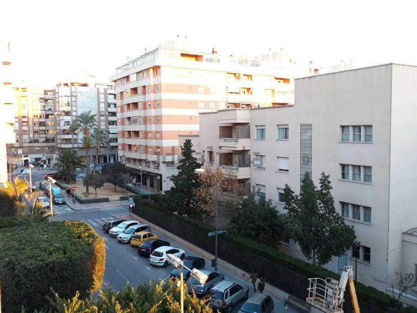 Piso en calle Doctor Jiménez Díaz, Centro, San Juan de Alicante