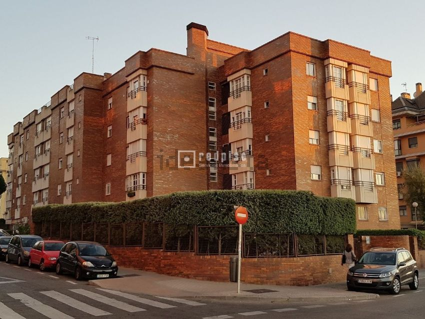 Piso en calle cine, 43, Campamento, Madrid
