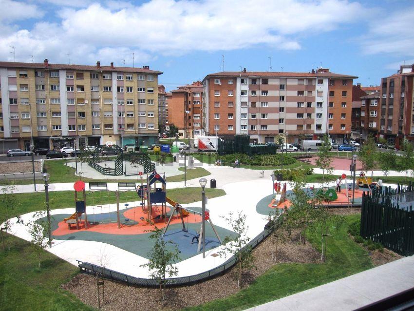 Piso en calle de San Nicolás, El Llano Alto, Gijón