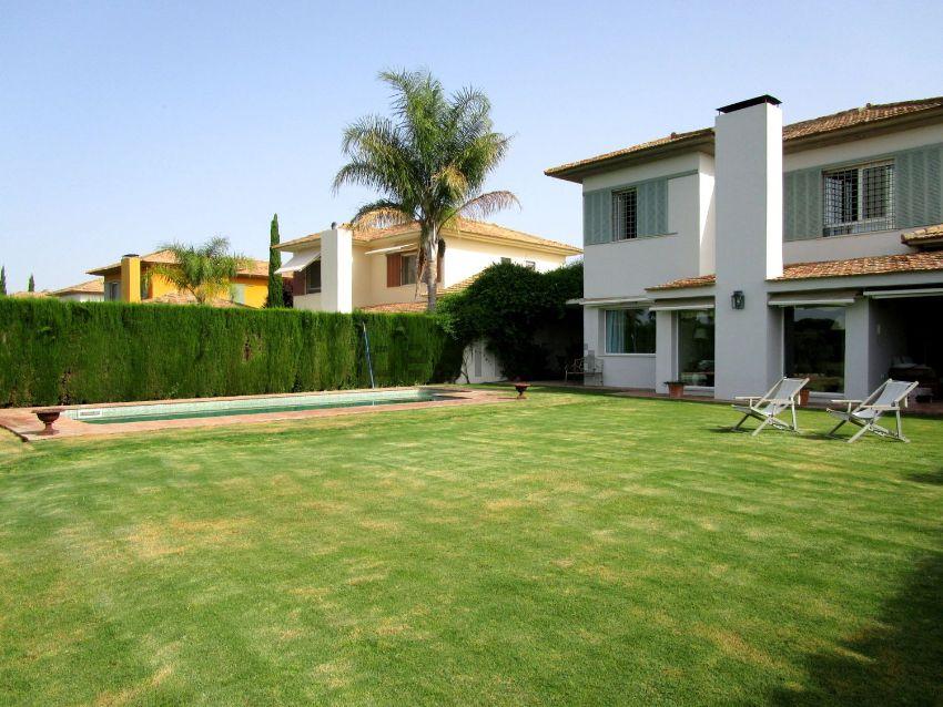 Casa o chalet independiente en Pan de Alcalá, Campo de Golf, Montequinto