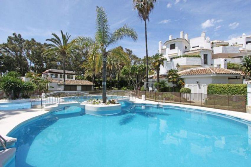 Piso en Urbanización Golden Beach, s n, Real de Zaragoza, Marbella