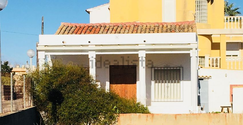 Casa o chalet independiente en calle Barranc de Covatelles, 4, Platja de Oliva,