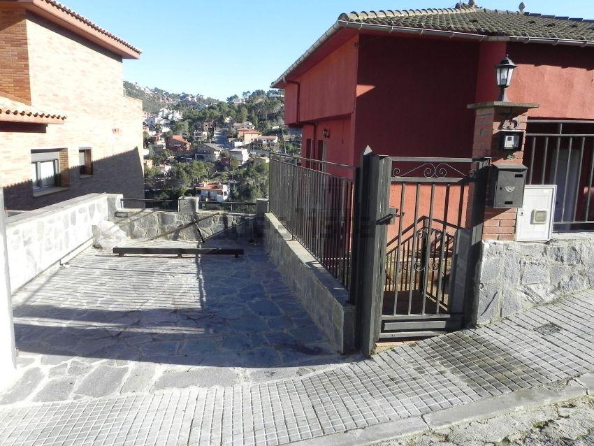 Casa o chalet independiente en calle de Uruguai, 75, Vallirana