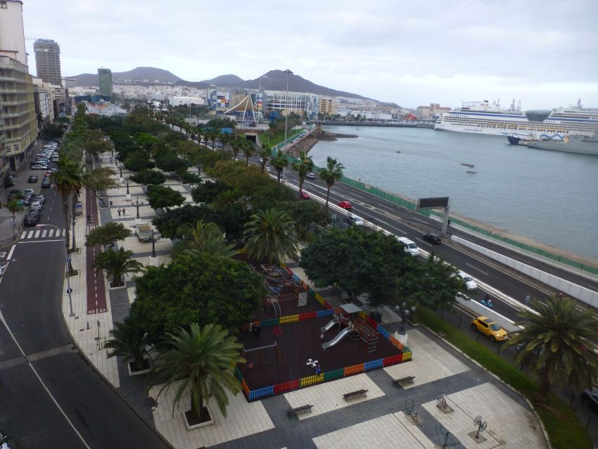 Piso en calle Leon y Castillo, 389, Santa Catalina - Canteras, Las Palmas de Gra