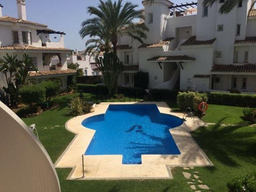 Piso en Urbanización Los Naranjos de Marbella, La Dama de Noche-La Alzambra, Mar