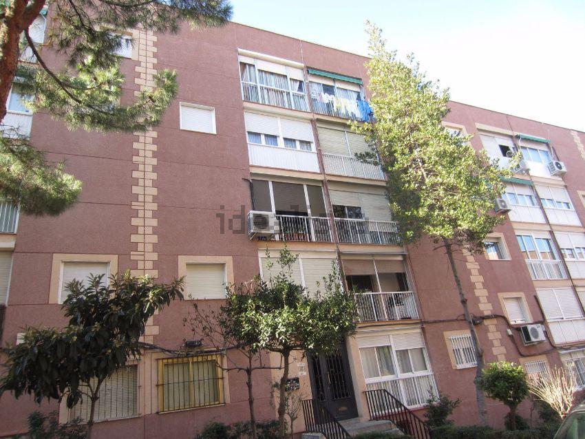 Piso en calle de Pico Balaitus, Peñagrande, Madrid