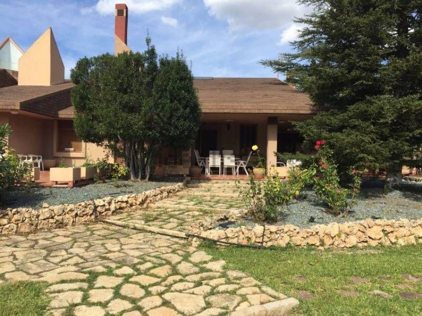 Chalet adosado en Barri Batoi - Sargento - Baradello, Alcoy Alcoi