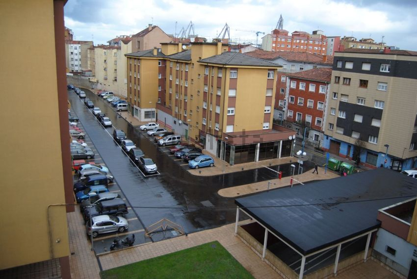 Piso en calle cortijo, 34, El Natahoyo, Gijón