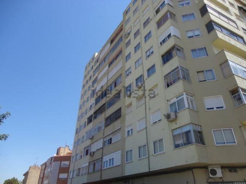 Piso en calle J. Octavio de Toledo, 15, Pinares de Venecia, Zaragoza