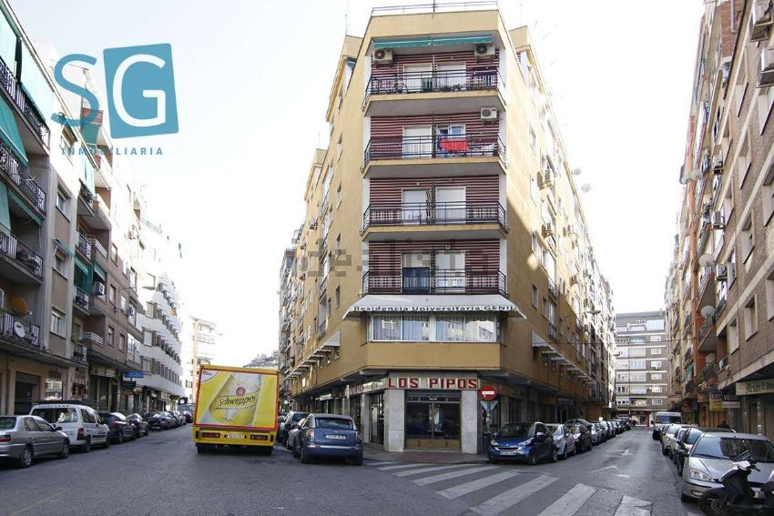 Piso en calle Santa Clotilde, Ronda - Arabial, Granada