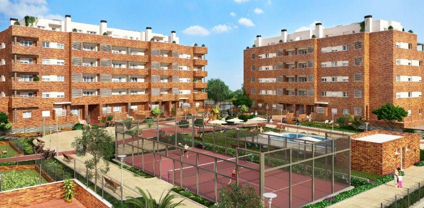 Pisos con piscina y terraza a precio de ocasi n for Pisos baratos en benalmadena