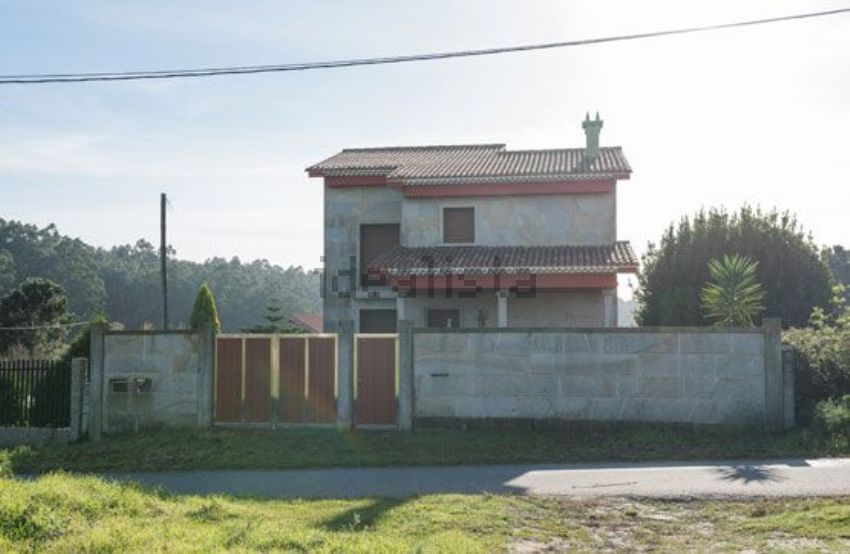 Chalet en lugar major, 51, Noalla, Sanxenxo