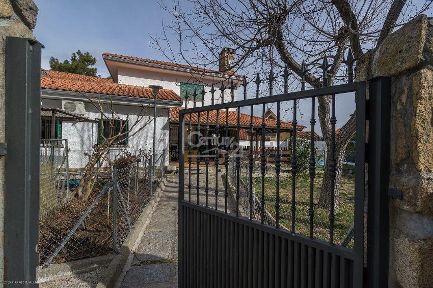 Casa o chalet independiente en calle las ruedas, Casa Amarilla, Galapagar