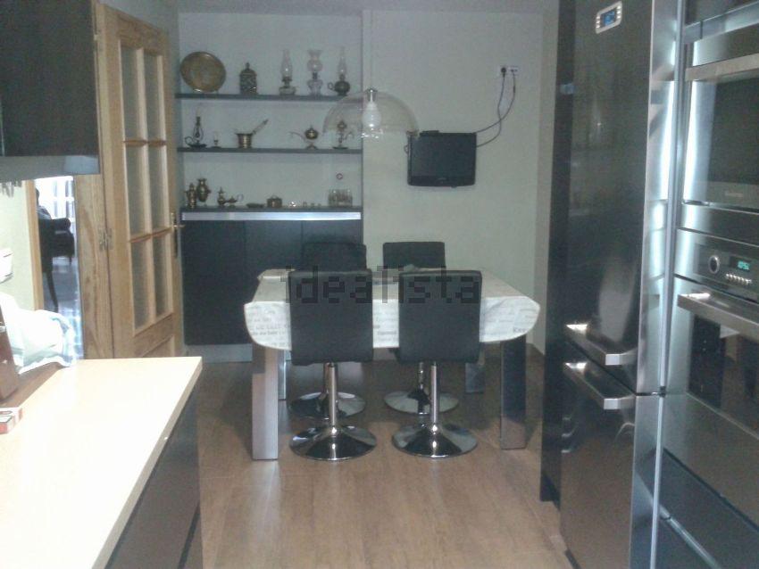 Casa o chalet independiente en calle Pintor Cerezo Moreno, 43, Renfe - Bulevar 1
