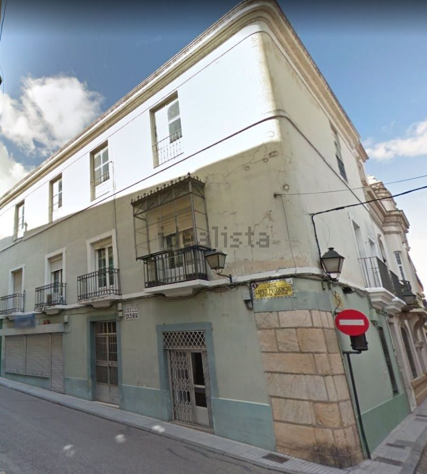 Piso en calle LOPEZ PRUDENCIO, Casco Antiguo - Centro, Badajoz
