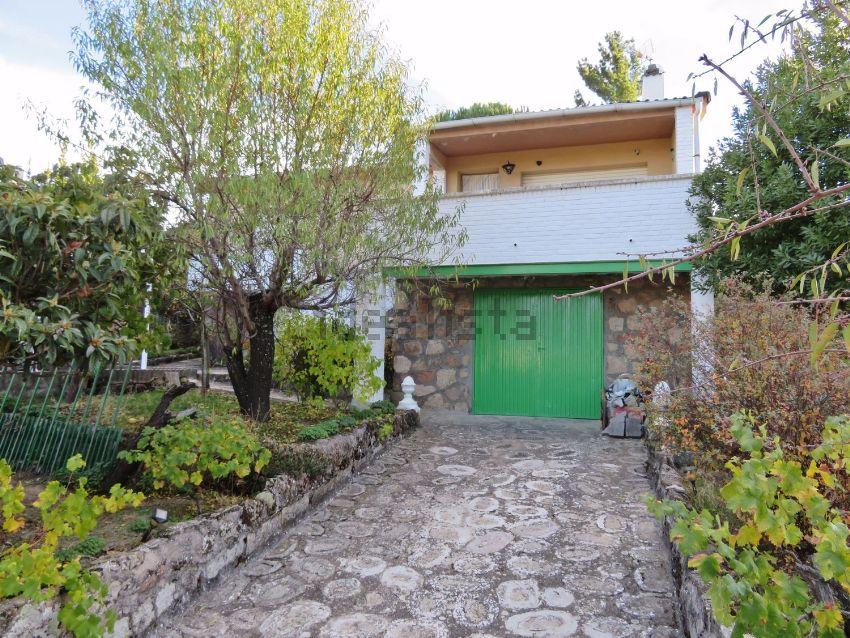 Casa o chalet independiente en calle JILGUEROS, Navahondilla