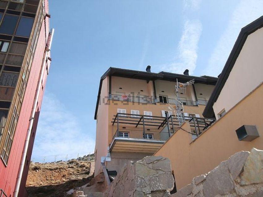 Piso en urbanizacion solynieve, Zona alta, Sierra Nevada