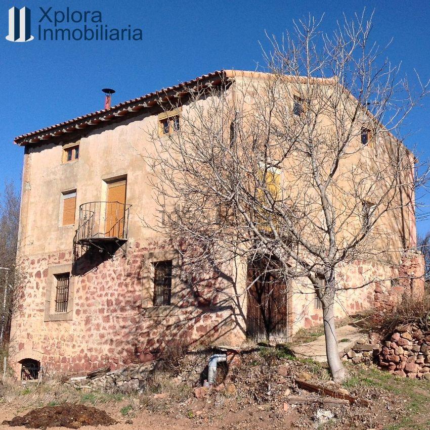 Finca en venta en Torres de Albarracin