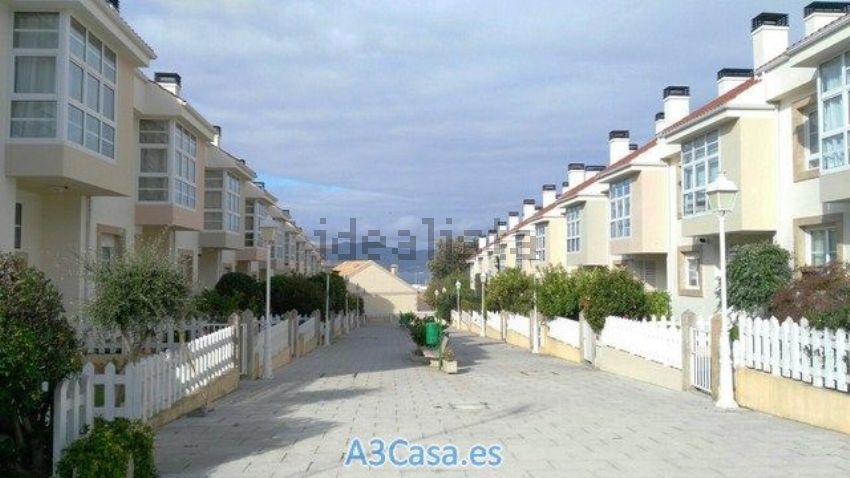 Chalet adosado en camino Raposa, Coia, Vigo