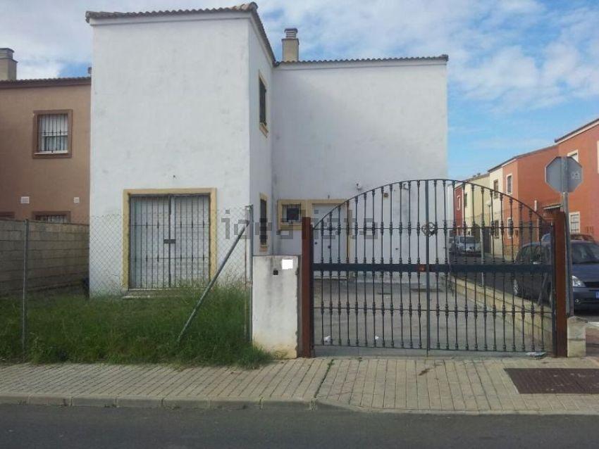 Chalet pareado en calle la Cataña, 2, Olivares