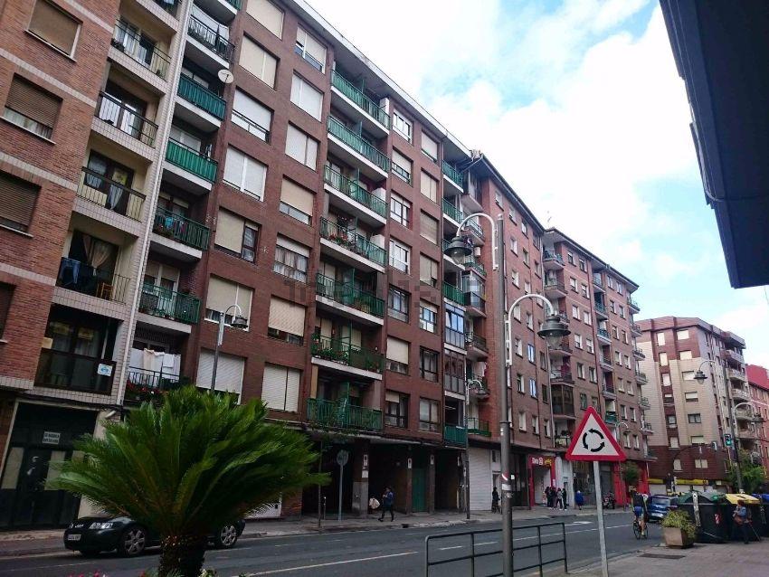 Piso en zorroza kastrejana, 26, Zorrotza-Olabeaga, Bilbao