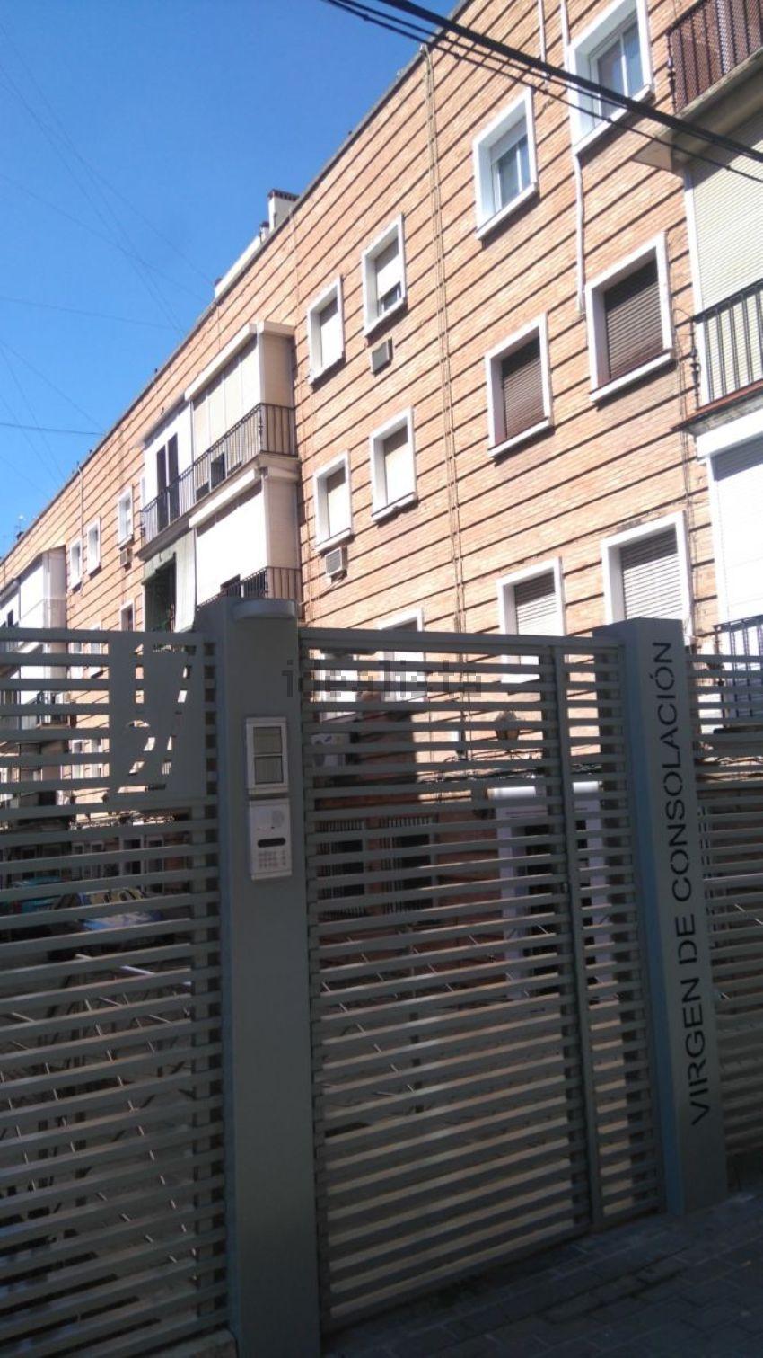 Piso en calle Virgen de la Consolación, 1, Plaza de Cuba - República Argentina,
