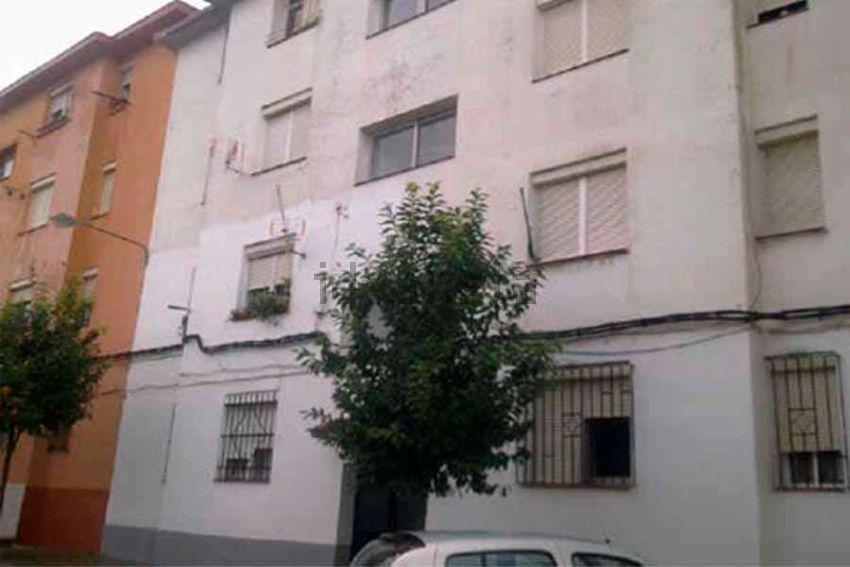 Piso en calle tajuña, s n, Los Pescadores - Saladillo, Algeciras