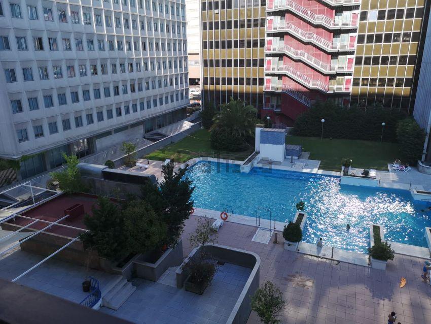 Alquiler de piso en calle de Mauricio Legendre 16, Castilla, Madrid