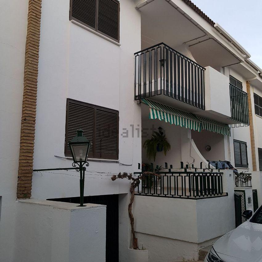 Chalet adosado en calle Yucas, 1, Punta Umbria