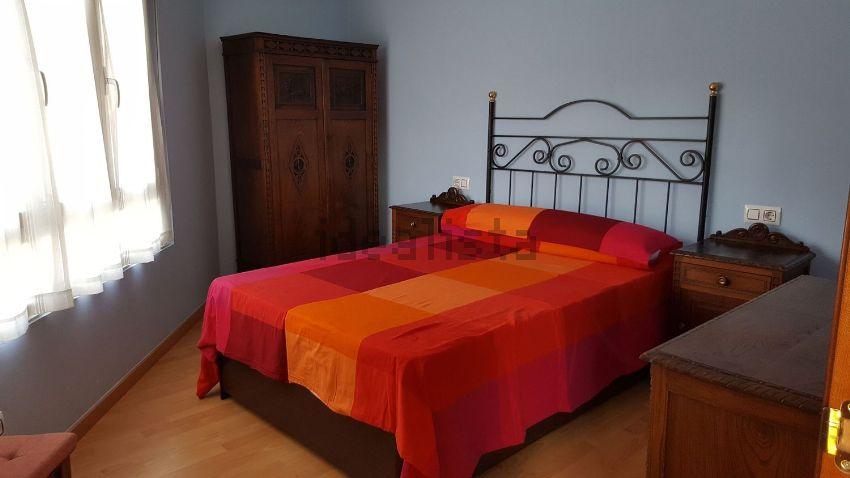 Estudio en calle Darío de Regoyos, 29, Fozaneldi-Tenderina, Oviedo