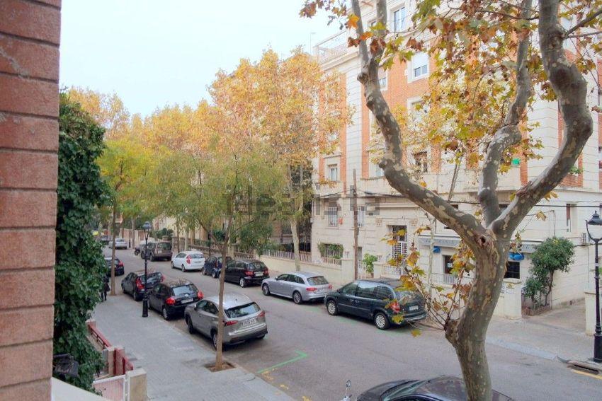 Piso en calle del Doctor Carulla, Les Tres Torres, Barcelona