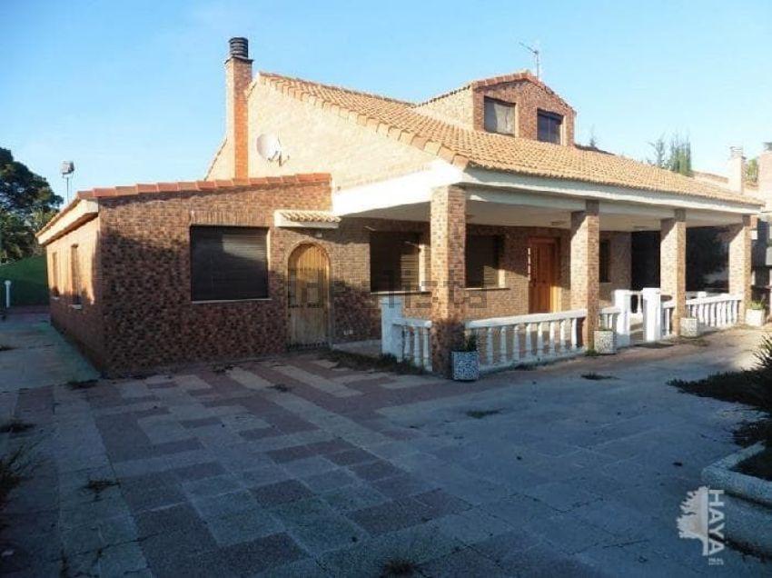 Chalet en camino olmera, de la grp, Casetas - Garrapinillos - Monzalbarba, Zarag