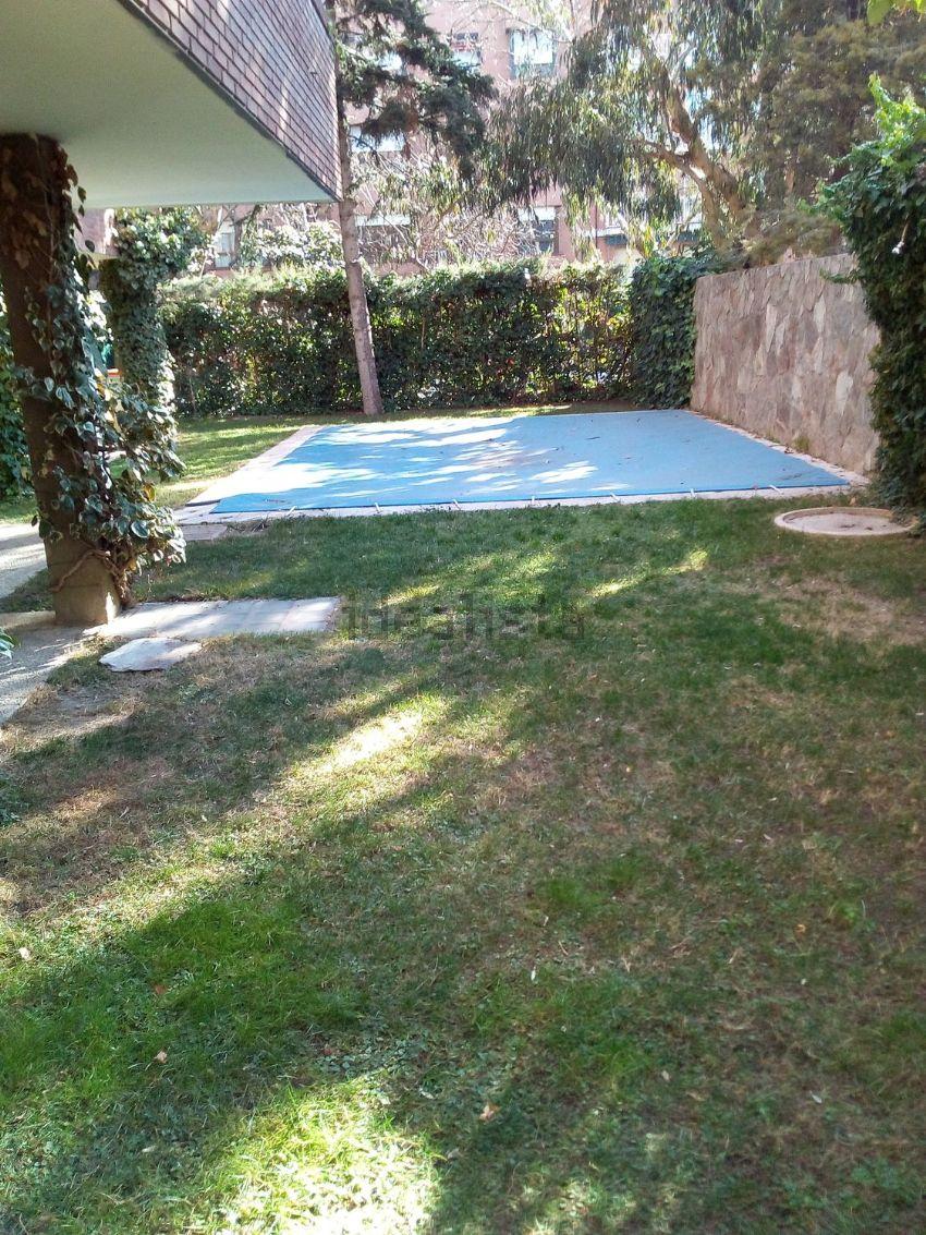 Piso en calle Vicente Muzas, Colina, Madrid