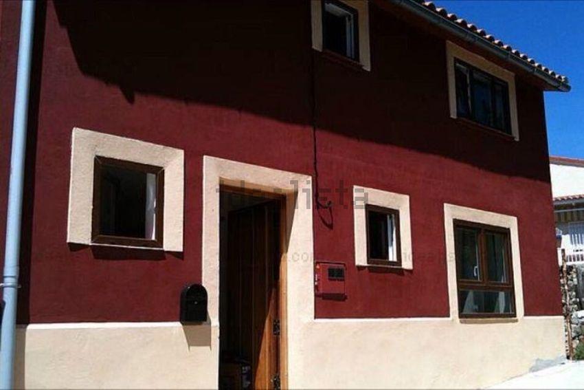 Chalet en avenida Asperillas, 9, Casas del Castañar