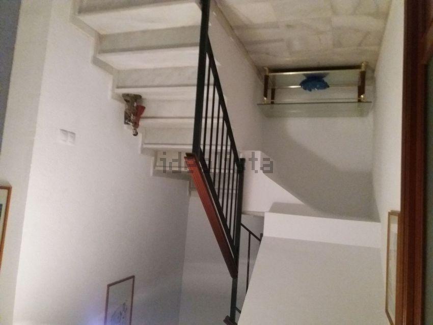 Chalet adosado en calle Isabel Allende, 8, Guillena