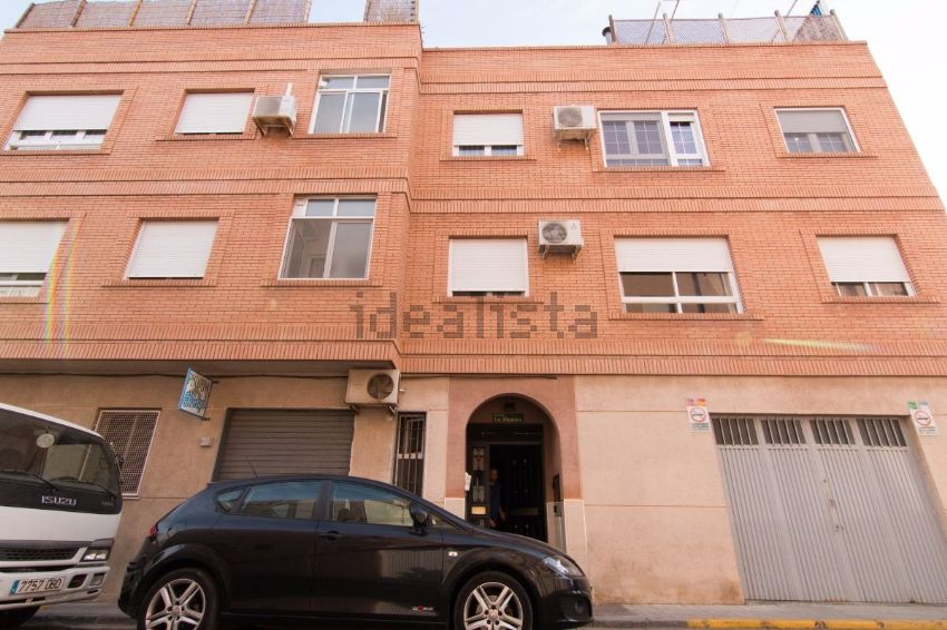 Piso en calle sánchez, Barrio San Luis - Los Molinos, Almería