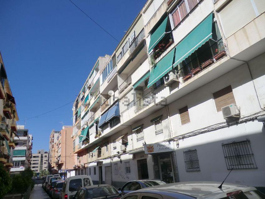 Piso en calle Felipe Herrero Arias, 20, Plà del Bon Repos-La Goteta, Alicante Al