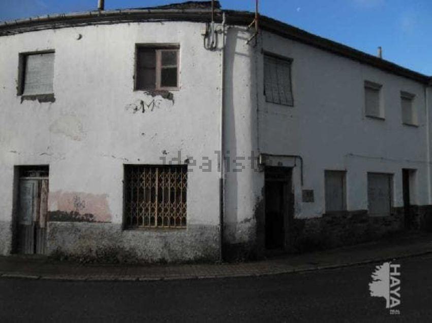 Chalet adosado en calle sierra gistredo, s n, Bembibre