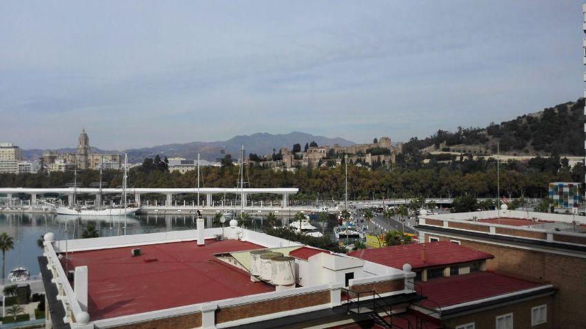 Piso en paseo Marítimo Ciudad de Melilla, 11, Malagueta - Monte Sancha, Málaga