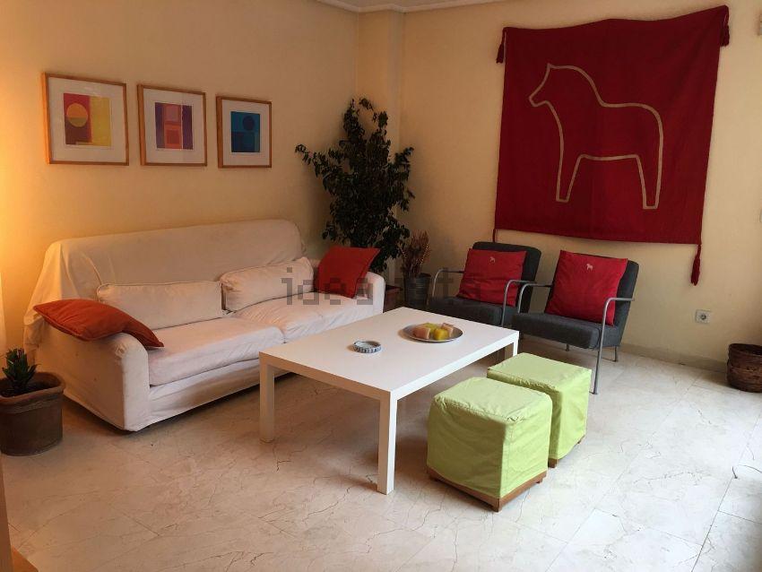 Chalet adosado en calle Clara Campoamor, 5, Alicante Golf, Alicante Alacant