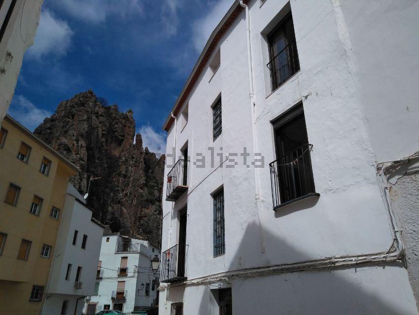 Casa de pueblo en calle del Carmen, 11, Cambil