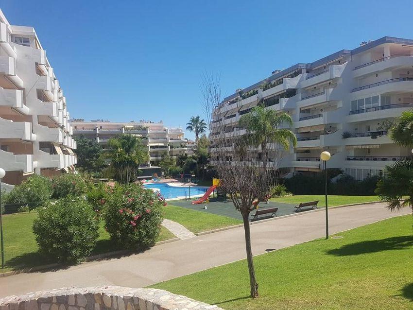 Piso en URB CAMPOS DE GUADALMINA, s n, Guadalmina Alta, Marbella