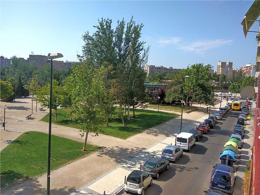 Piso en calle reino, Almozara, Zaragoza