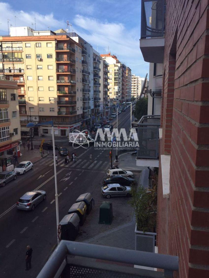 Piso en avenida Alcalde Federico Molina Orta, 27, Isla Chica, Huelva