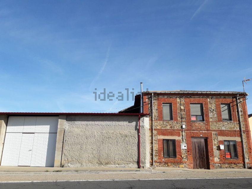 Casa o chalet independiente en calle Real, 86, Riego de la Vega