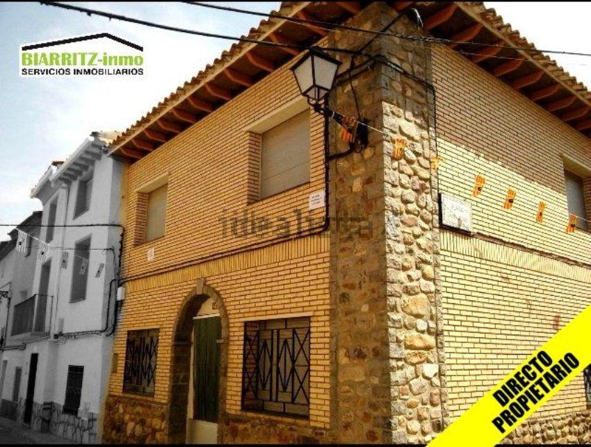 Casa de pueblo en calle San Juan, 24, Azuara