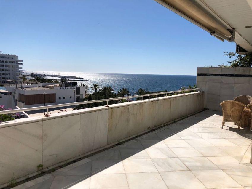 Piso en calle Camilo José Cela, 19, Playa de la Fontanilla, Marbella